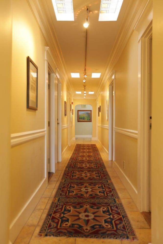 산타 파울라 인(Santa Paula Inn) Hotel Image 28 - 복도
