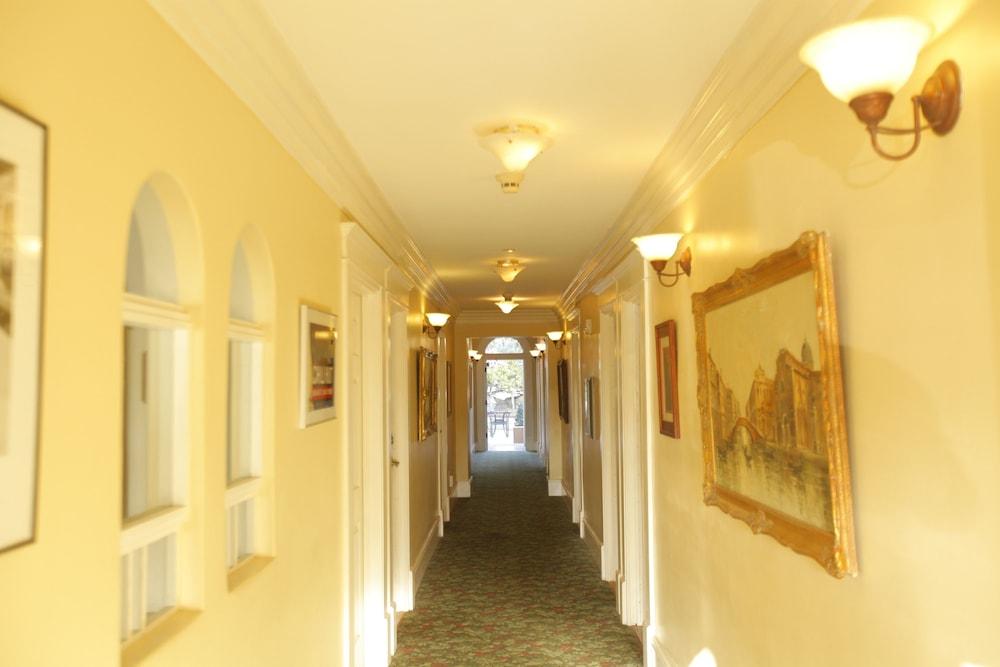 산타 파울라 인(Santa Paula Inn) Hotel Image 30 - 복도