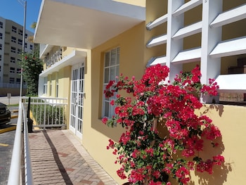 Hotel - Beach Place Hotel
