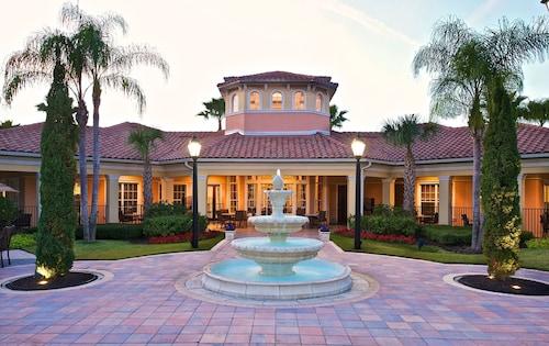 WorldQuest Orlando Resort image 11