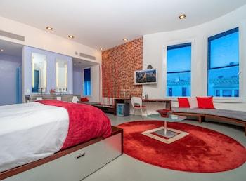 Chic Loft Suite