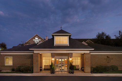 . Homewood Suites by Hilton Allentown-Bethlehem Airport