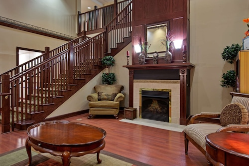 . Country Inn & Suites by Radisson, Hampton, VA