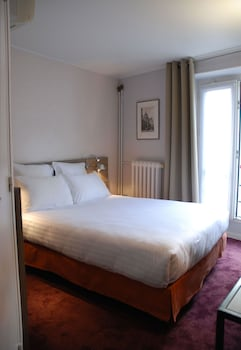 Classic Double Room (with Shower)
