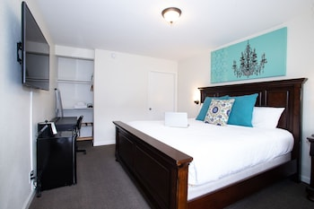 Basic Single Room, 1 King Bed, Accessible, Ground Floor
