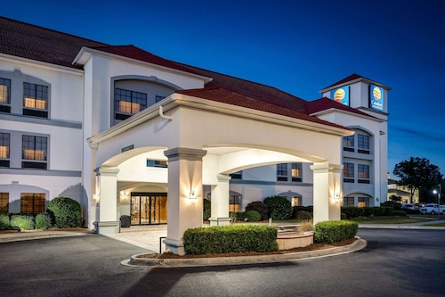 . Comfort Inn & Suites Savannah Airport