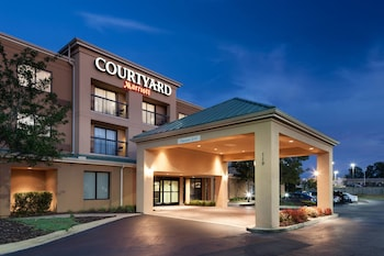 Courtyard by Marriott Hattiesburg photo