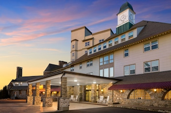 Hotel - Pocono Manor Resort and Spa