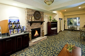 Holiday Inn Express Hotel & Suites Frankfort photo