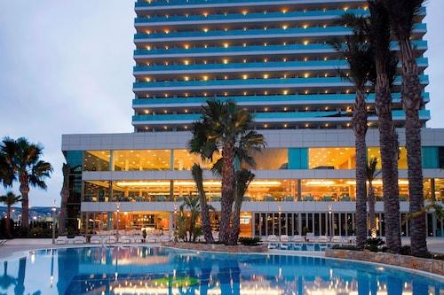 . AR Diamante Beach Spa & Convention Center