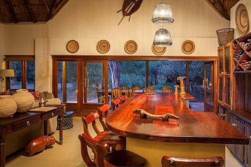 Monwana Game Lodge, Mopani