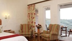 Twin Room (village)