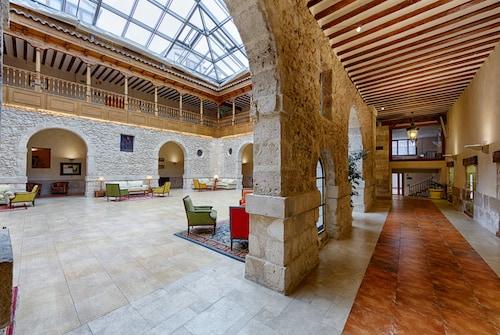 . Convento Las Claras