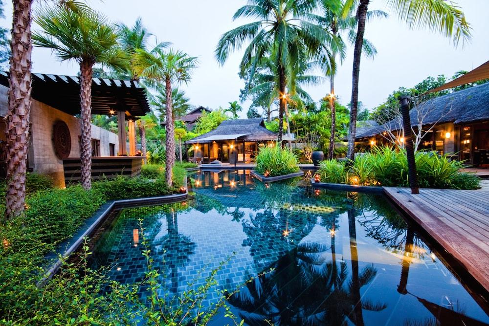 https://i.travelapi.com/hotels/2000000/1560000/1559100/1559047/37a8663e_z.jpg