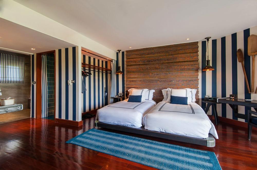https://i.travelapi.com/hotels/2000000/1560000/1559100/1559047/e022324d_z.jpg