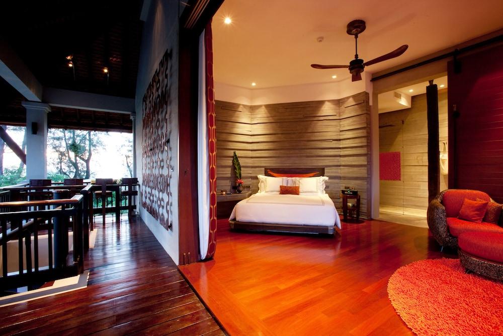 https://i.travelapi.com/hotels/2000000/1560000/1559100/1559047/ef652567_z.jpg