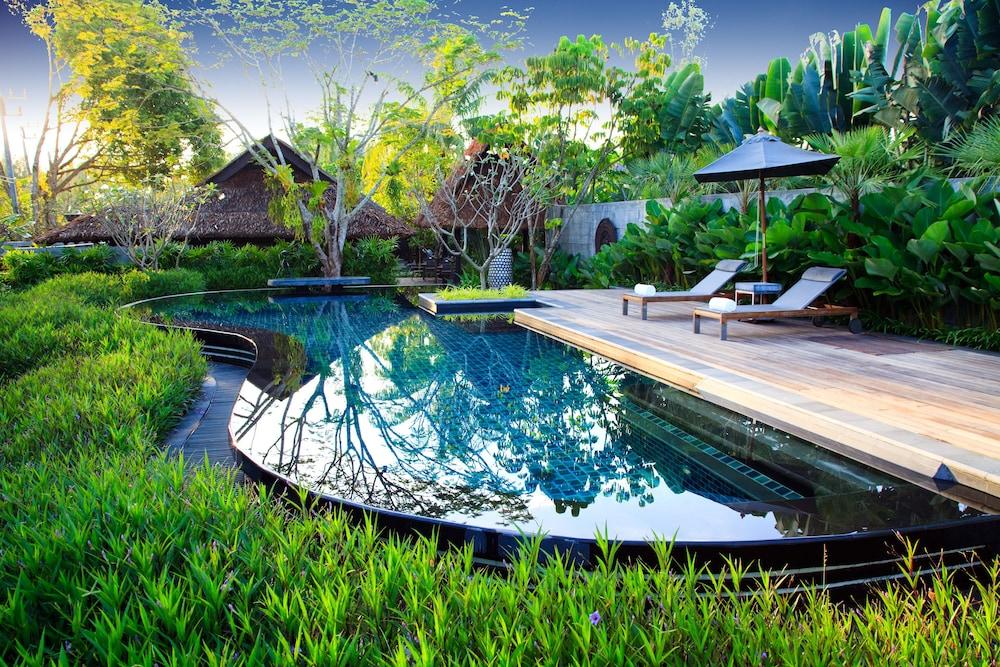 https://i.travelapi.com/hotels/2000000/1560000/1559100/1559047/fc6dcb7e_z.jpg