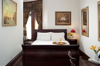 Room, Private Bathroom (Room 302 (1 queen bed max 2 people))
