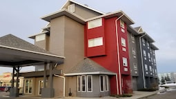 SureStay Plus Hotel by Best Western Lethbridge