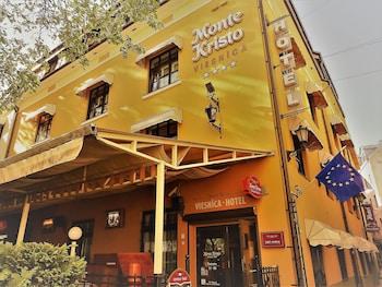 Hotel - Monte Kristo Hotel