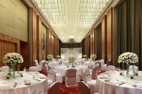 The Eton Hotel, Shanghai