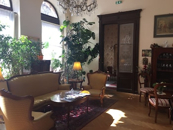 羅天舒坦納酒店公寓