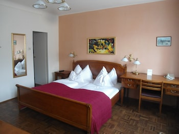 Standard Studio, 1 Bedroom, Kitchenette (2 Guests)