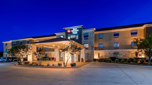 . Best Western Plus Killeen/Fort Hood Hotel & Suites