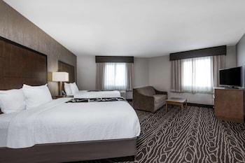 Deluxe Room, 2 Queen Beds, Non Smoking (Deluxe Family Room)
