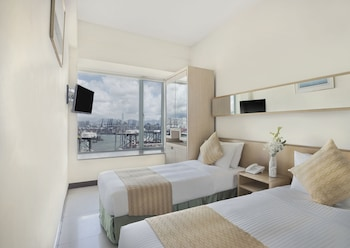 Superior Double or Twin Room (With WiFi)