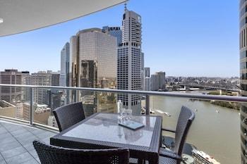 盛橡布里斯本菲利克斯套房飯店 Oaks Brisbane on Felix Suites
