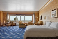 Presidential Suite, 1 King Bed, Balcony