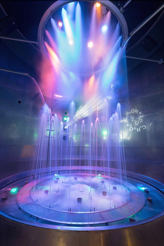 로이지움 와인 앤드 스파 리조트 랑겐로이스(LOISIUM Wine & Spa Resort Langenlois) Hotel Image 15 - Indoor Spa Tub