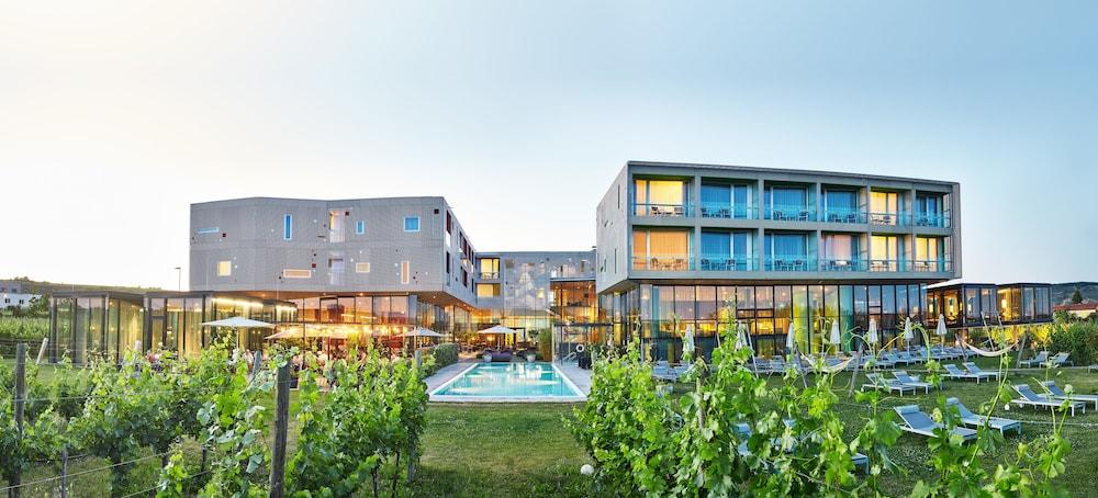 로이지움 와인 앤드 스파 리조트 랑겐로이스(LOISIUM Wine & Spa Resort Langenlois) Hotel Image 0 - Featured Image