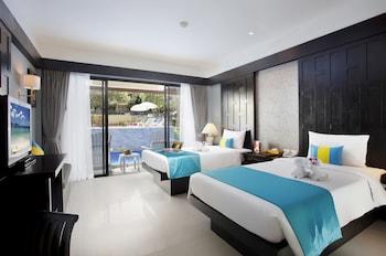 Superior Room, Pool Access