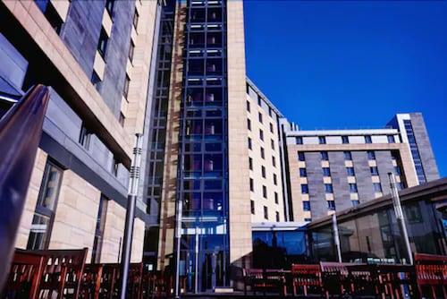 Leeds - Clayton Hotel Leeds - z Poznania, 14 kwietnia 2021, 3 noce