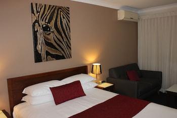 Guestroom at Best Western Ipswich in Ipswich