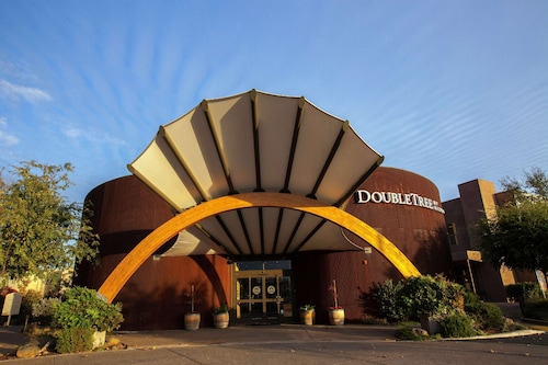 . DoubleTree by Hilton Hotel & Spa Napa Valley American Canyon