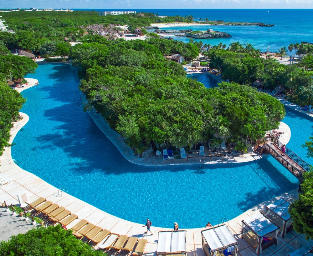 Grand Sirenis Riviera Maya Resort & Spa - All Inclusive, Featured Image