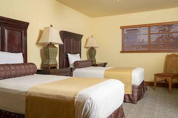 Room, 2 Bedrooms, Private Bathroom