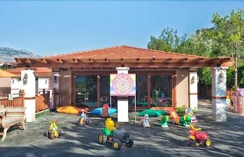 아카 알린다 호텔(Akka Alinda Hotel) Hotel Image 42 - Childrens Play Area - Outdoor