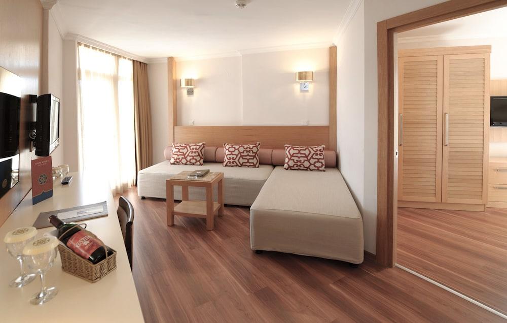 아카 알린다 호텔(Akka Alinda Hotel) Hotel Image 11 - Living Room