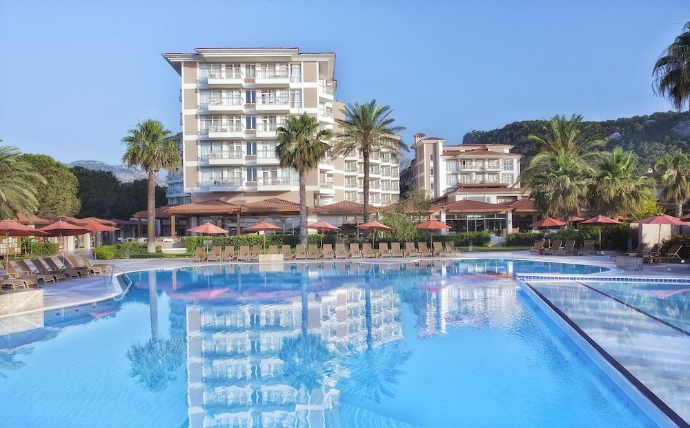 아카 알린다 호텔(Akka Alinda Hotel) Hotel Image 3 - Pool