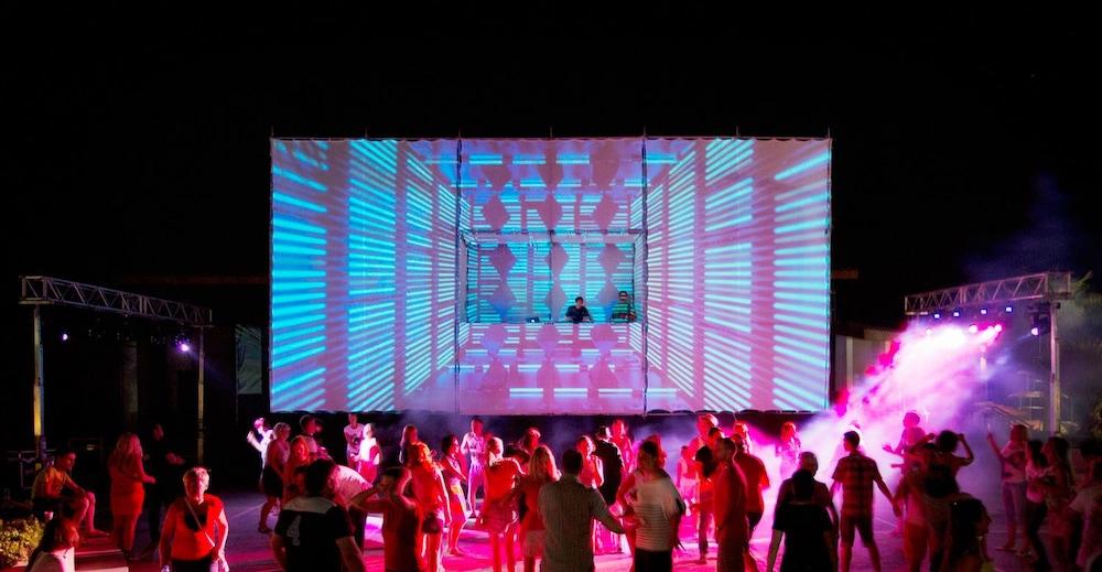 아카 알린다 호텔(Akka Alinda Hotel) Hotel Image 38 - Theater Show