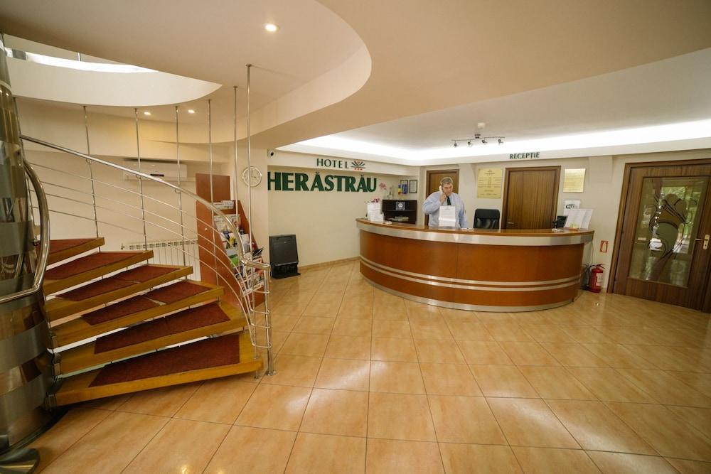 호텔 헤라스트라우(Hotel Herastrau) Hotel Image 48 - 호텔 정면