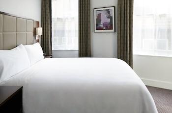 Club Room, 1 Queen Bed (Club Room)