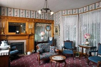 Oakenwald Terrace