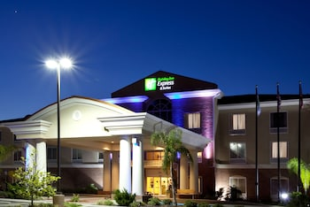 春嶺智選假日飯店及套房 Holiday Inn Express Hotel & Suites Spring Hill, an IHG Hotel