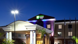 Holiday Inn Express Hotel & Suites Spring Hill, an IHG Hotel