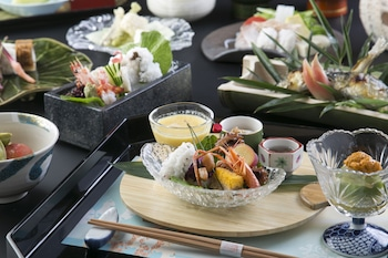 MATSUI HONKAN Food and Drink